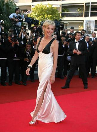 Robe-de-mariee-tapis-rouge-cannes-vogue-KCS-Sharon-Stone